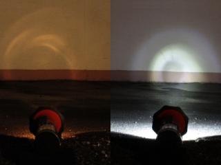 Vergleich: herkömmliche Glühbirne (links) vs. TorchLED10 (rechts)